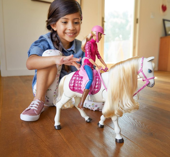 Barbie caballo interactivo