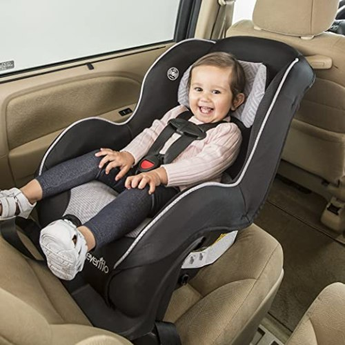 best convertible car seat july 2017 buyers guide and reviews. Black Bedroom Furniture Sets. Home Design Ideas