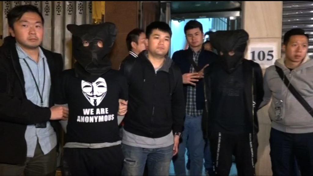 警拘兩男涉多宗店舖手機盜竊 | Now 新聞