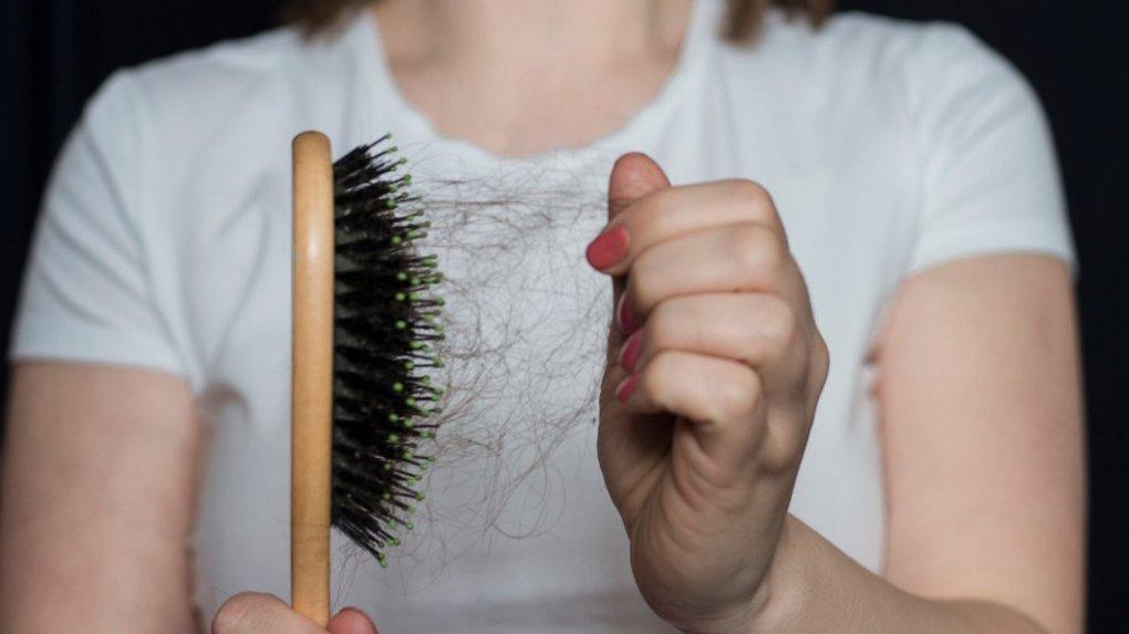 Kako hormoni vplivajo na vašo kožo in lase ?