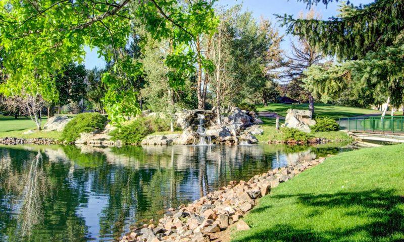 https www 55places com colorado communities heather gardens