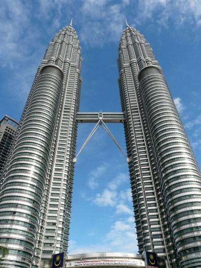 Clásicos de la arquitectura: Torres Petronas,© Flickr User: Georg Wittberger