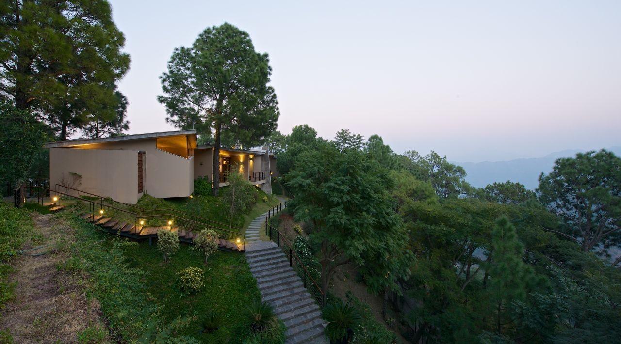 Gallery Of House In The Himalayas / Rajiv Saini