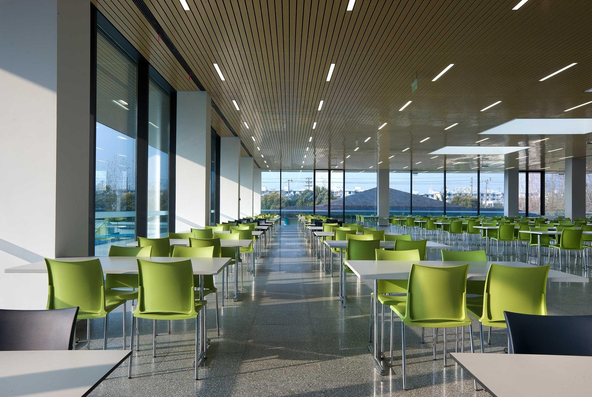 Gallery Of Roche Canteen EXH Design 5
