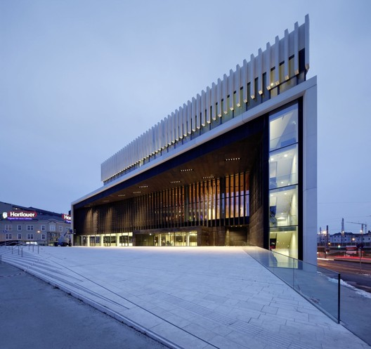 Opera House Linz / Terry Pawson Architects   ArchDaily