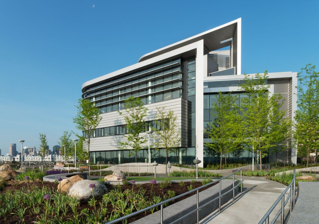 Spaulding Hospital / Perkins+Will | ArchDaily