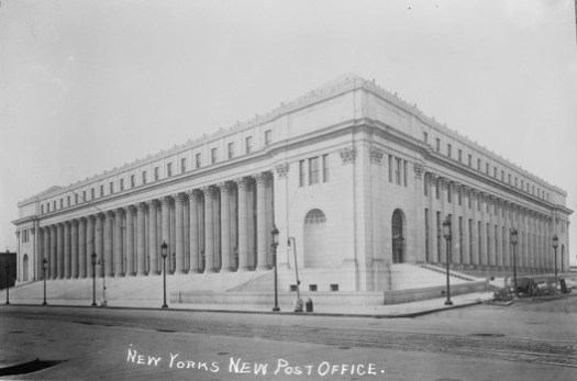 The United States Post Office, 1915. Image via Library of Congress