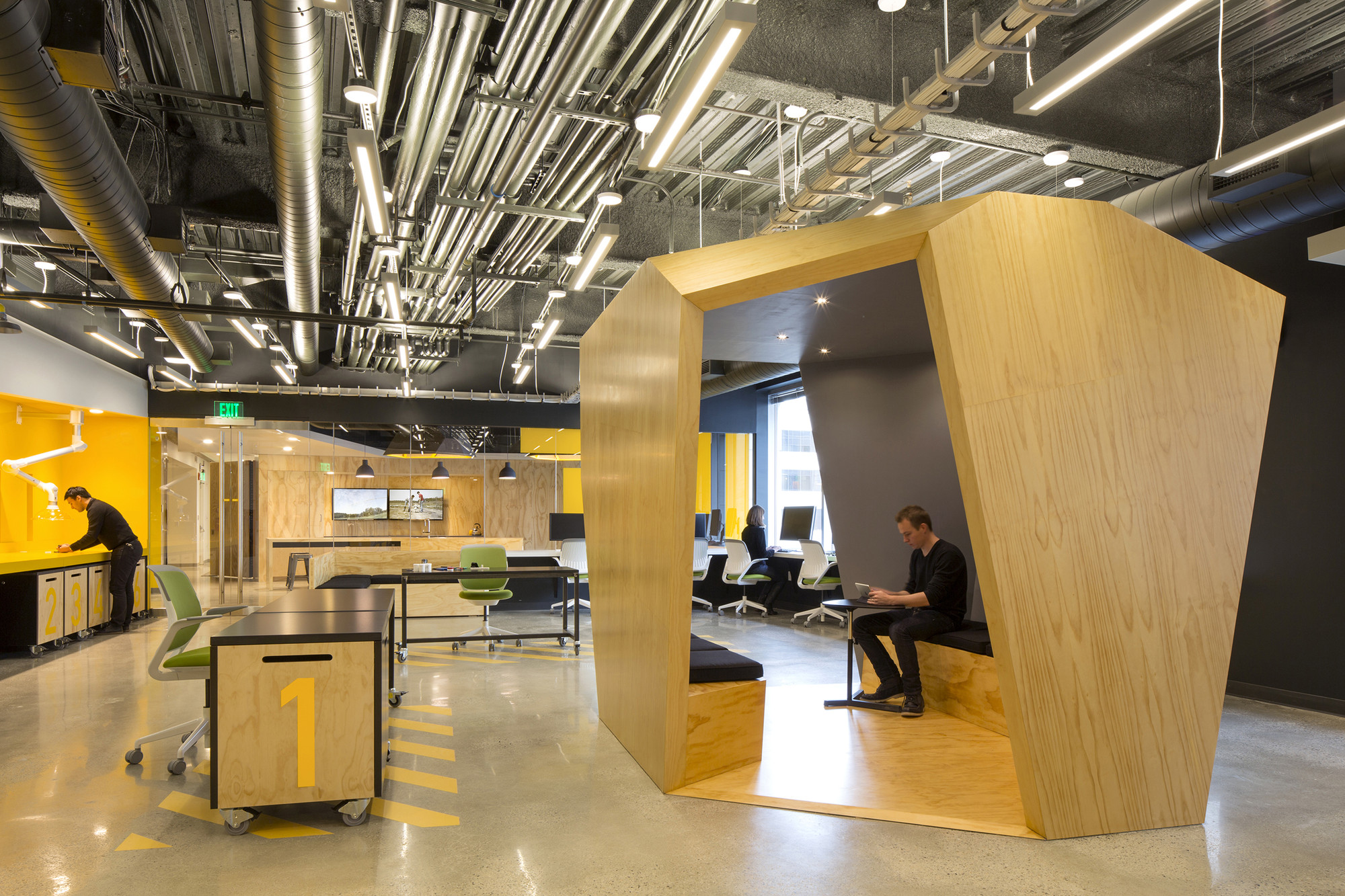 MIT Beaver Works / Merge Architects | ArchDaily