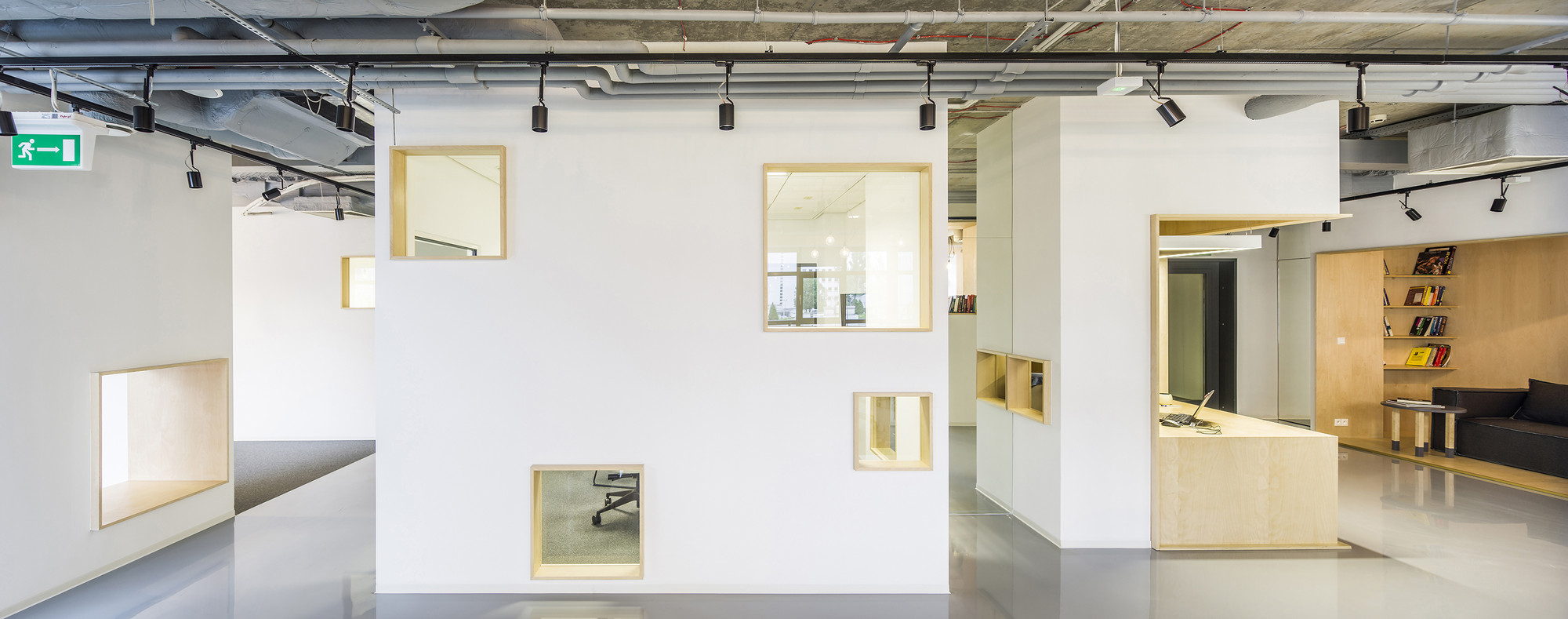Gallery Of DECERTO MOKO Architects MFRMGR 12