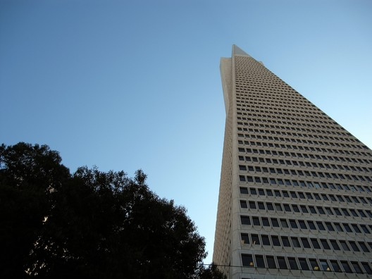 Transamerica Pyramid. Image © <a href='https://www.flickr.com/photos/jkz/6371624053'>Flickr user jkz</a> licensed under <a href='https://creativecommons.org/licenses/by-sa/2.0/'>CC BY-SA 2.0</a>