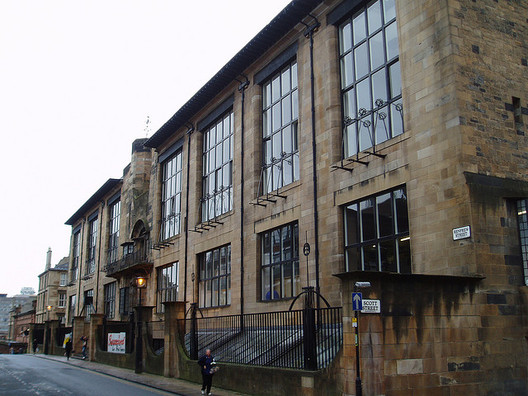 Glasgow School of Art. Image © <a href='https://www.flickr.com/photos/stevecadman/47731591'>Flickr user stevecadman</a> licensed under <a href='https://creativecommons.org/licenses/by-sa/2.0/'>CC BY-SA 2.0</a>