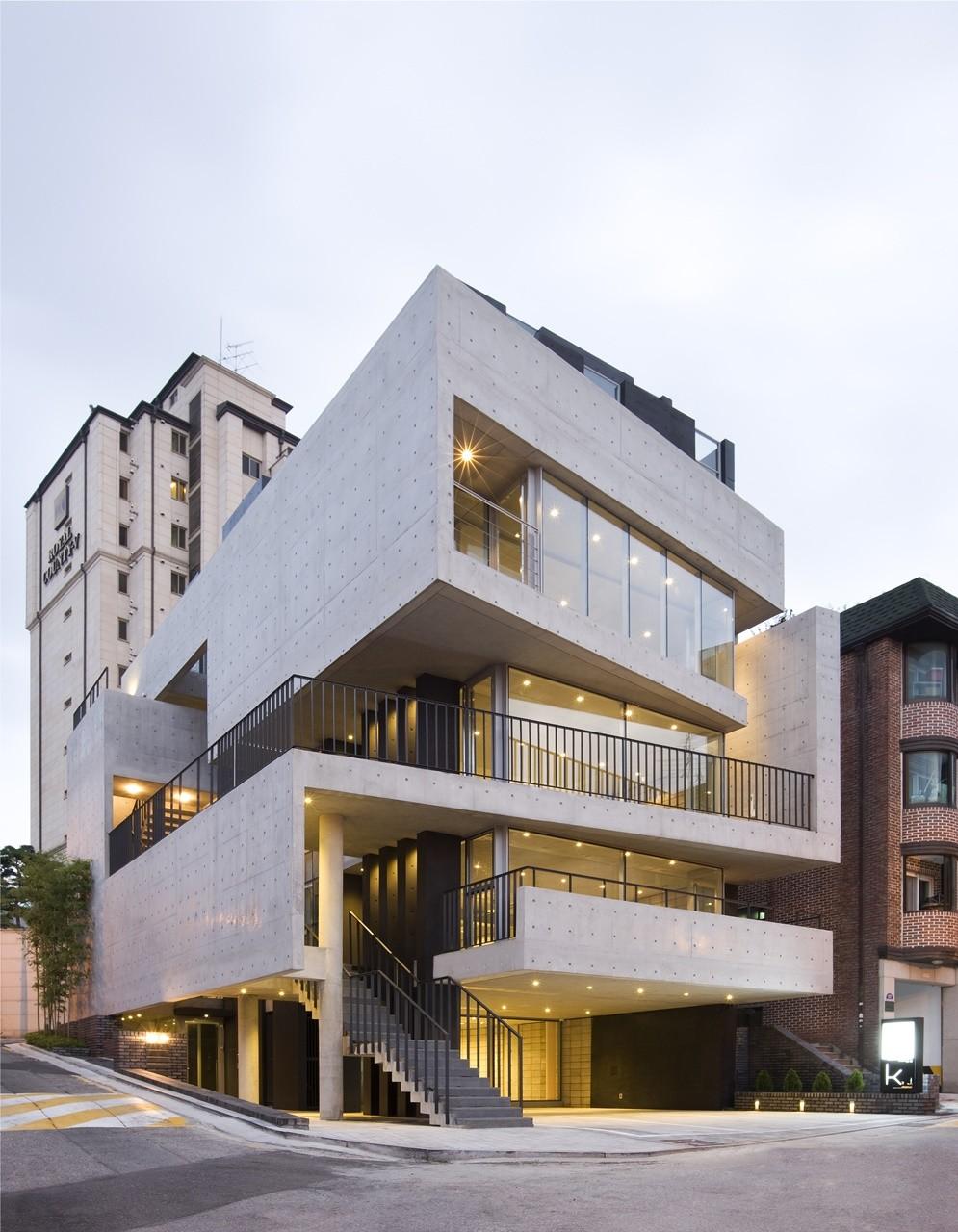 Bati_rieul / L'EAU design   ArchDaily