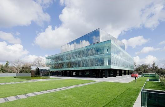 stringio_(2) Spotlight: Joshua Prince-Ramus Architecture