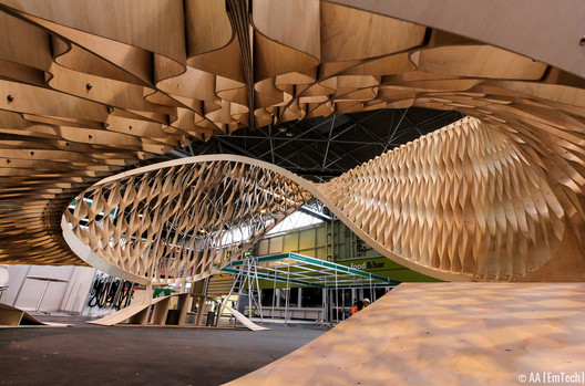 The TWIST installation at Timber Expo, Birmingham NEC. Image © Patrick Tanhuanco