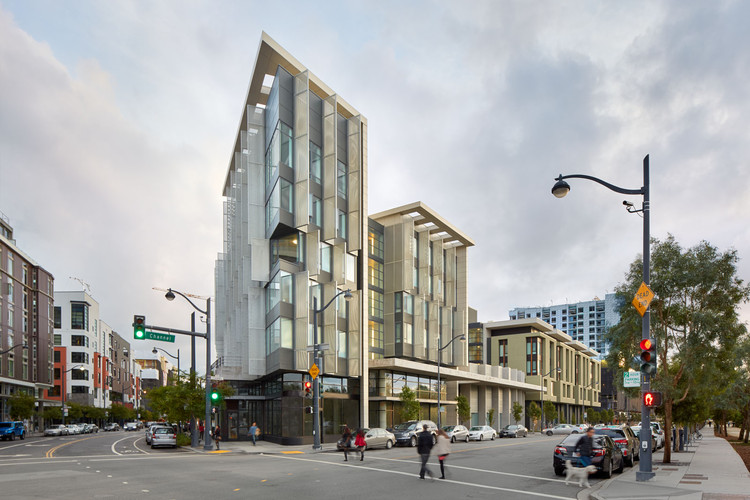 Multifamily Living: 1180 Fourth Street; San Francisco / Mithun. Image Courtesy of AIA