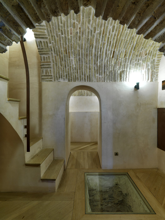 Nasrid Tower Restoration, Huercal-Overa, Spain, Castillo Miras Arquitectos. Image Courtesy of The Aga Khan Award for Architecture