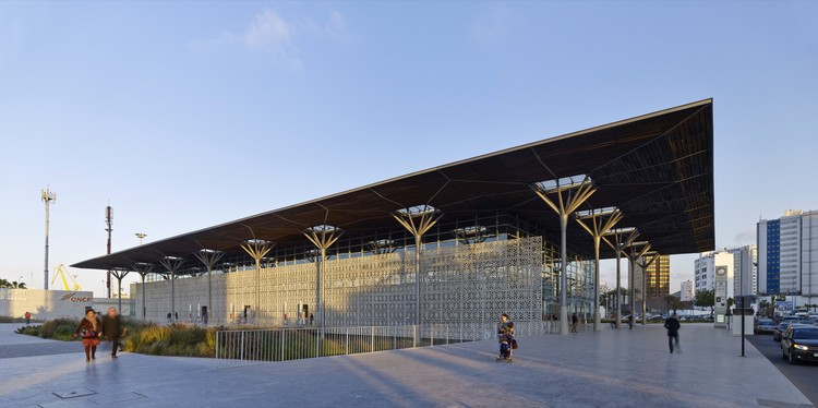 Casa-Port New Railway Station, Casablanca, Morocco, AREP and Groupe 3 Architectes. Image Courtesy of The Aga Khan Award for Architecture
