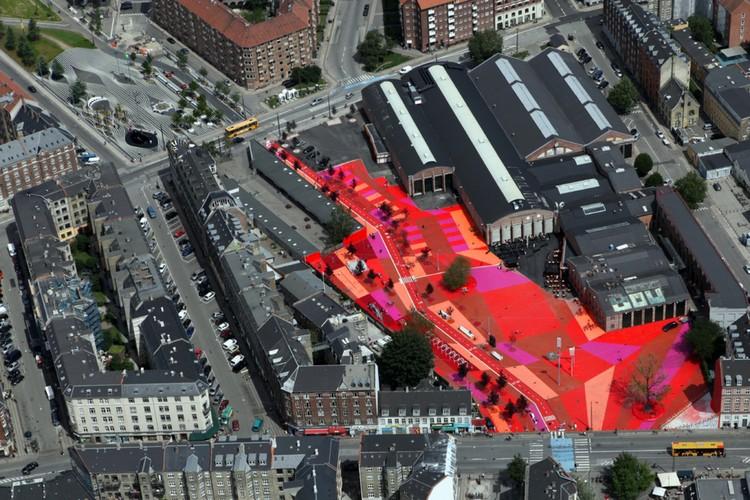Superkilen, Copenhagen, Denmark, BIG (Bjarke Ingels Group). Image Courtesy of The Aga Khan Award for Architecture