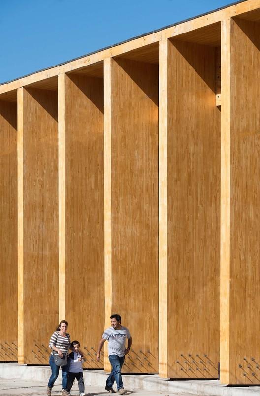 Constitución Cultural Center. Image © Felipe Díaz Contardo