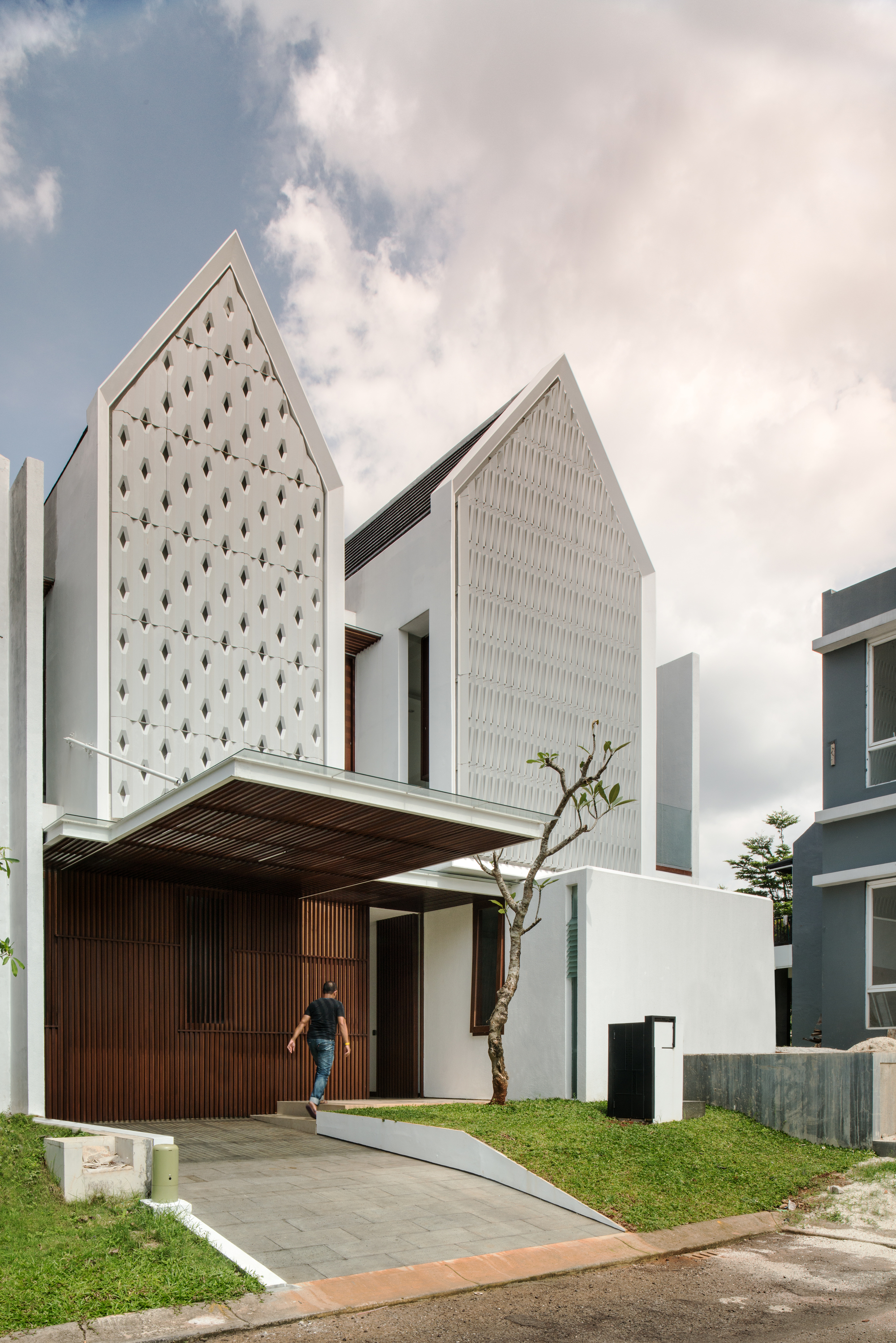 Spouse House / Parametr Architecture   ArchDaily