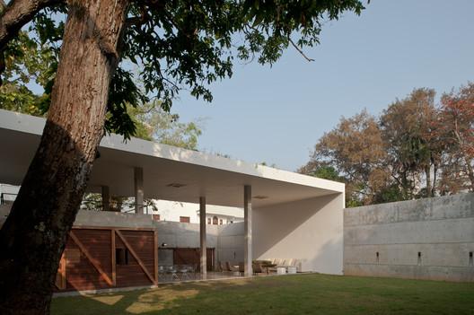 © Palinda Kannangara Architects