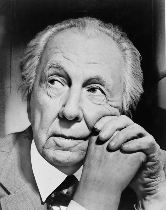 Image <a href='https://commons.wikimedia.org/wiki/File:Frank_Lloyd_Wright_portrait.jpg'>via Wikimedia</a> (public domain, photographer Al Ravenna)