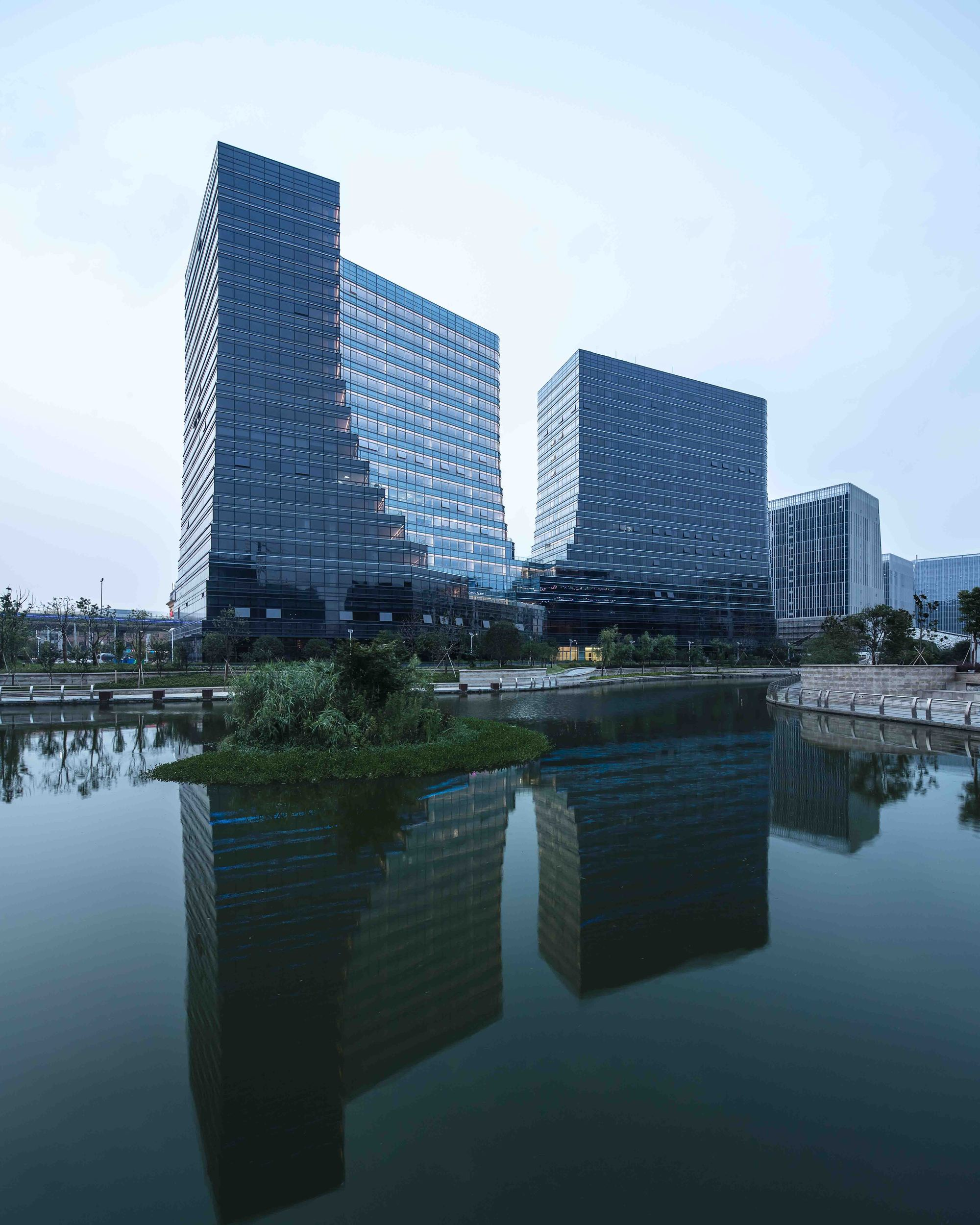 Hangzhou New World Business Center 'E' Block / The ...