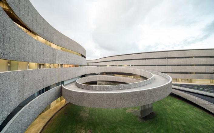 Facultad de Bellas Artes Universidad La Laguna / gpy arquitectos. Imagen © Filippo Poli