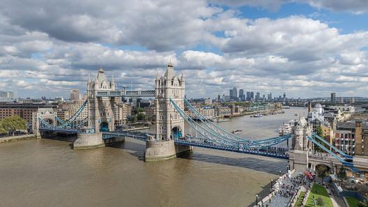 The original Tower Bridge in London © User: Colin / Wikimedia Commons / CC BY-SA-4.0
