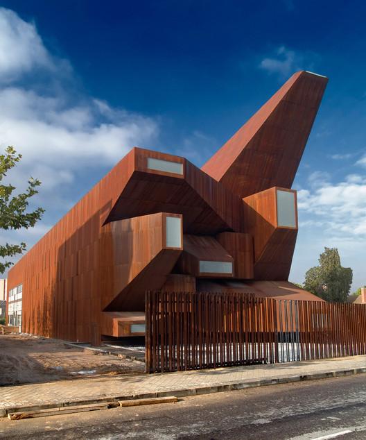 Iglesia Parroquial en Rivas Vaciamadrid. Image Cortesía de Vincens + Ramos