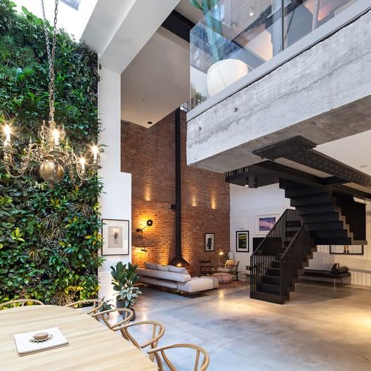 © Peter Landers. ImageThe Cooperage / Chris Dyson Architects