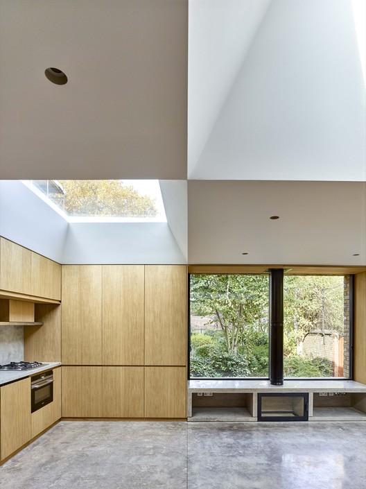 © Timothy Soar. ImageHidden House / Coffey Architects