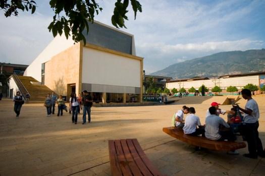 Medellín Planetarium / Marco Aurelio Baquero. Image via Guía de Viajes Oficial de Medellín [Flickr], under licence CC BY-SA 2.0