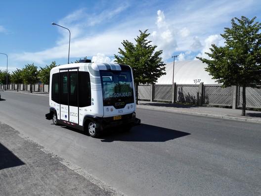 Sohjoa self-driving bus in Helsinki in 2016. Photo: Matias Lehmusjärvi/Metropolia