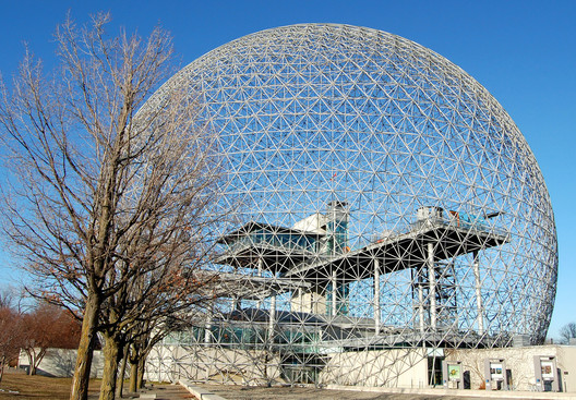 Montreal Biosphere. Image © <a href='https://www.flickr.com/photos/74332285@N03/7812211476/'>Flickr user Mikl1303</a> licensed under <a href='https://creativecommons.org/licenses/by-sa/2.0/'>CC BY-SA 2.0</a>