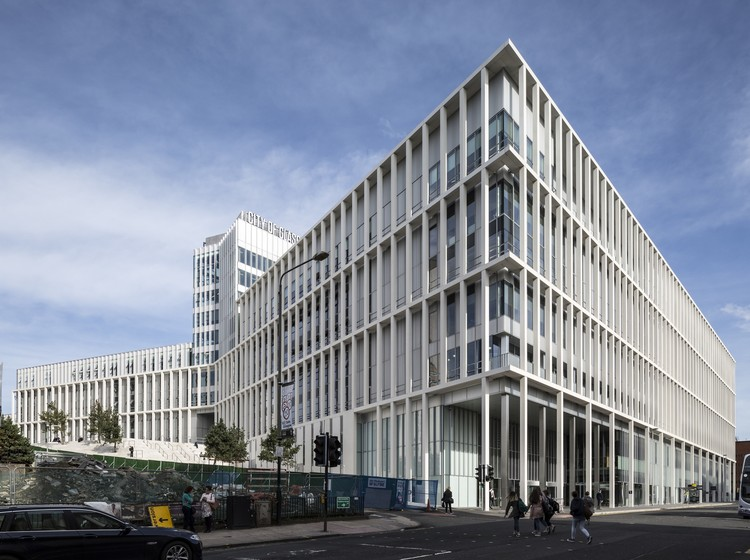City of Glasgow College / Reiach and Hall Architects and Michael Laird Architects © Keith Hunter