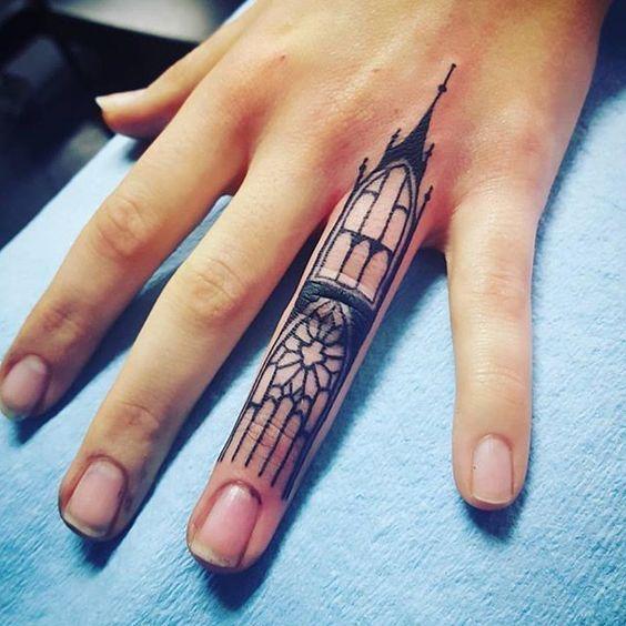 118 impresionantes tatuajes de arquitectura,instagram.com. <a href='https://br.pinterest.com/pin/564287028298282985/'>Via Pinterest</a>
