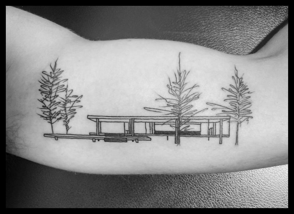 118 impresionantes tatuajes de arquitectura,Ezequiel I. Conde. <a href='https://www.facebook.com/photo.php?fbid=10213613323786279&set=p.10213613323786279&type=3&theater'>Via Facebook</a>