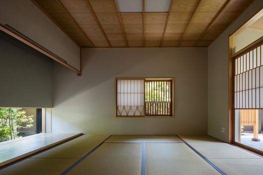 © Shigeo Ogawa