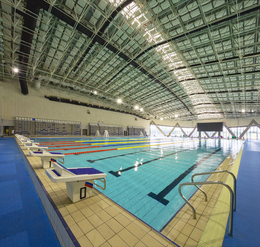 Swimming center. Image © Zhang Yong