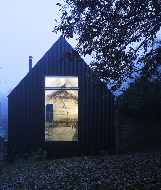 Croft Lodge Studio / Kate Darby Architects and David Connor Design. Image © James Morris