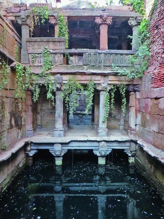 Batris Kotha Vav: Kapadvanj, Gujarat. Image © Victoria Lautman