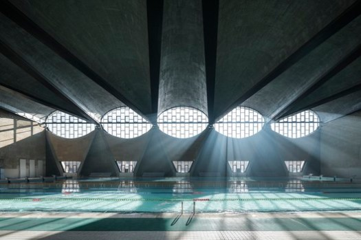 Gymnasium of the New Campus of Tianjin University, China / Atelier Li Xinggang. Image © Terrence Zhang