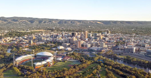 An aerial view of downtown Adelaide. The University of Adelaide can be seen on the left side of the photo. © Wikimedia user Normangerman at English Wikipedia. Licensed under CC BY-SA 3.0