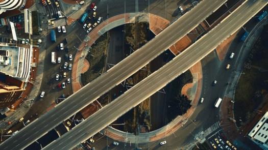 Intersección de la Calle 100 con la Carrera 15 en Bogotá. Image © Camilo Monzón