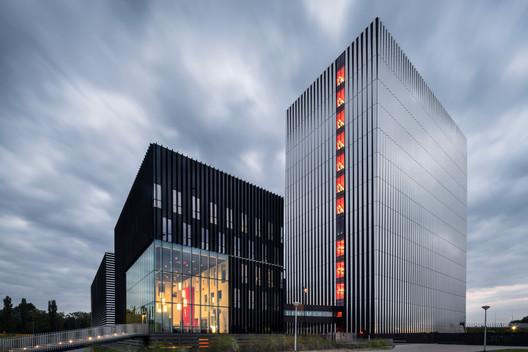 752_Datacenter_AM4_N19_a3 Datacenter AM4 / Benthem Crouwel Architects Architecture