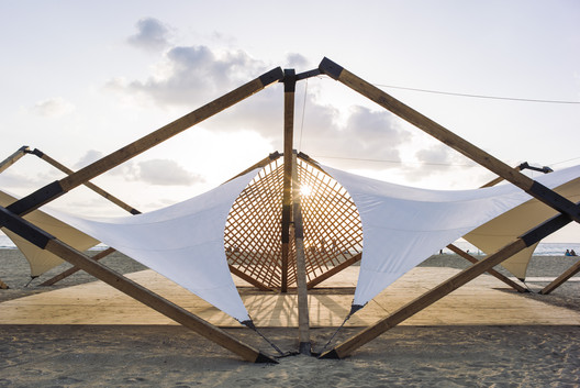 05 Lightweight Wooden Deployable Structure Aims for Large Social Impact Without Leaving a Mark Architecture