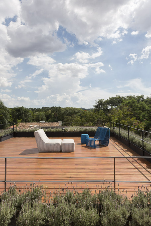 20 Pinheiros House / Felipe Hess Arquitetos Architecture