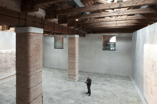 02_Museum_of_Punta_della_Dogana_Tadao_Ando_%C2%A9Luca_Girardini Tadao Ando's Punta Della Dogana Museum Through the Lens of Luca Girardini Architecture