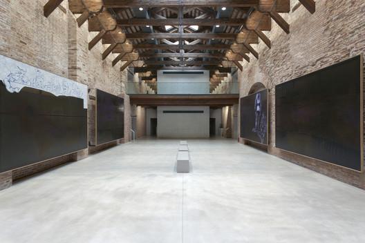 09_Museum_of_Punta_della_Dogana_Tadao_Ando_%C2%A9Luca_Girardini Tadao Ando's Punta Della Dogana Museum Through the Lens of Luca Girardini Architecture